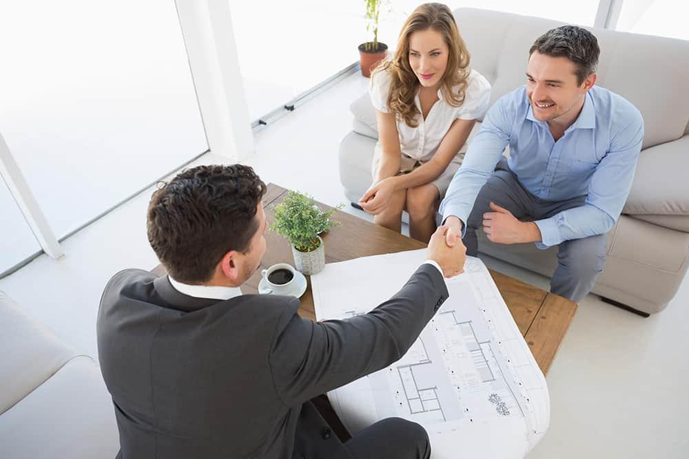 Quali coperture offre la polizza RC professionale per agenti immobiliari